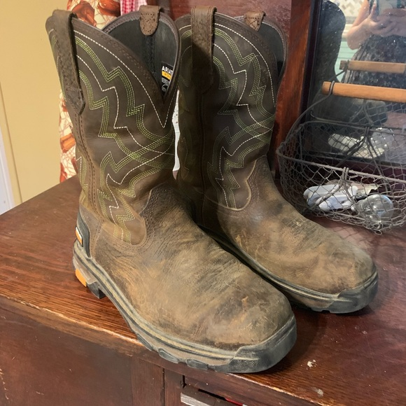 1b80d56d775 Men's Ariat Work Boots Size 9.5 EE
